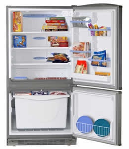 FUM 14SVR GE® 14.1 Cu. Ft. Manual Defrost Upright Freezer